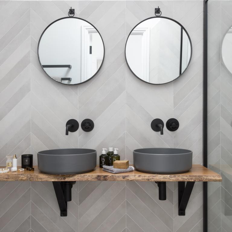 bagno-nero-aqva-ceramiche